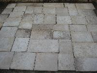 BOURGOGNE ANCIEN DALLE ANCIENS DALLAGE ANCIENNE PLANCHER ANCIENNES ANCIENT LIMESTONE FLAGSTONES PAVES TILE ANTIQUE RECLAIMED OLD STONE OF RECOVERY FLOORS FLOOR FLOORING DALLAGE ANCIENS COUPèE A' 3 CM.(STOCK FOR SALE).